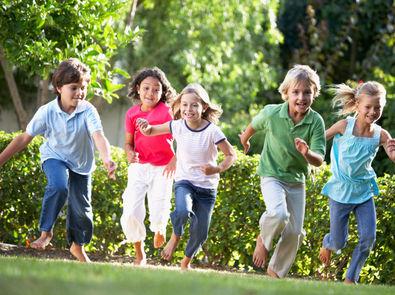 bambini-gioco-parco-giardino