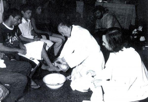 bergoglio-poveri-2-2